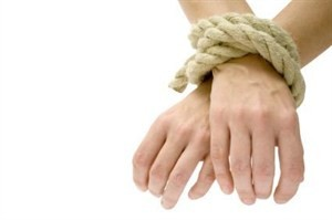 Hands-tied-with-rope